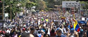 Marcha Plaza Venezuela 12 feb 2014  7